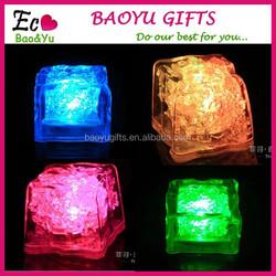 Bar Glow Ice Cube