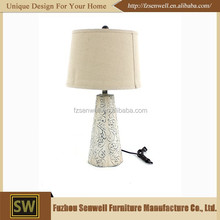 Classical wooden base flower body rechargeable metal table lamp