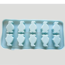 popular nice design silicone penguin ice cube tray