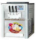 Pequeno macio máquina de sorvete