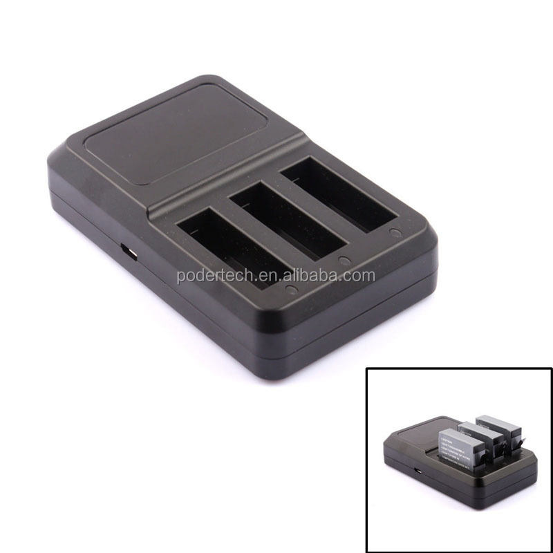 Gopros hero 4 charger and battery