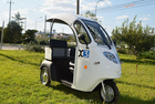 Semi fechado Mini triciclo | Mordern riquixá | eléctrico de 3 rodas triciclo para venda