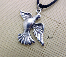 Christmas Promotionals Jewelry Abstract Lucky Birds Necklace