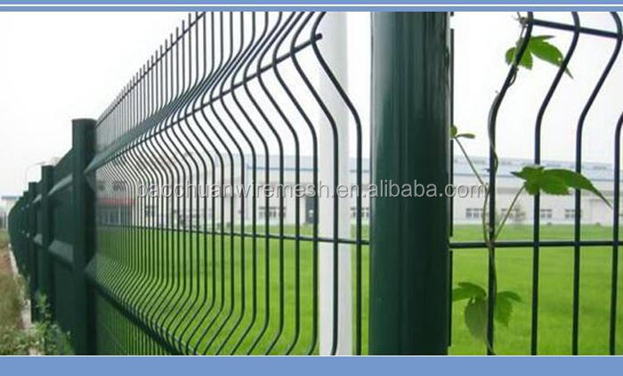 welded arched wire mesh fence with peach type post.jpg