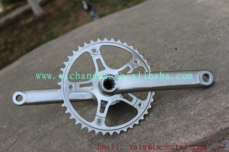 Ti tandem bike frame crankset59.jpg