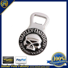 2D skull bottle openers,made of zinc alloy