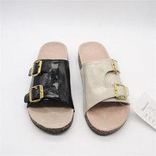 trendy einzigartigen 2014 schwarz sexy sandalen für frauen mit kristall