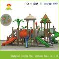 De madeira ao ar livre slides playground para crianças