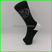 Jacquard pattern custom mid calf socks