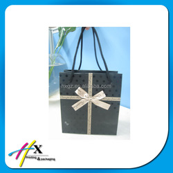 art paper gift bag with handles for candy