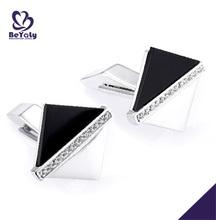 elegante blanco y negro diseño de plata o de bronce letras para remeras