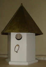 hexagonal bird house of single hole with metal roof