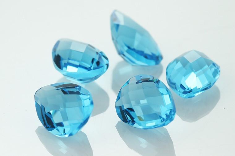 swiss blue glass  00.jpg