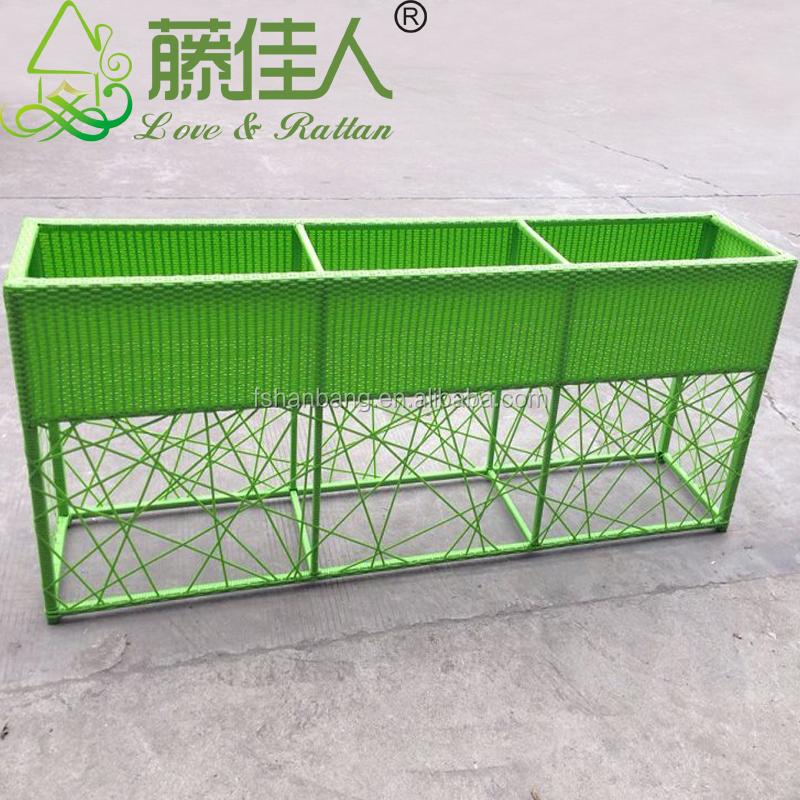 outdoor towel storage cabinet 2