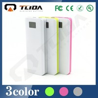 New design dual usb 8000mAh flashlight power bank wireless charger for mobile phone