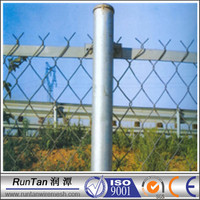 10 years experience chain link fence post