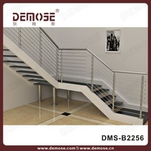Decoración interior de acero inoxidable para escalera interior