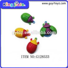 Económico diseño personalizado de plástico pequeña granja de juguete