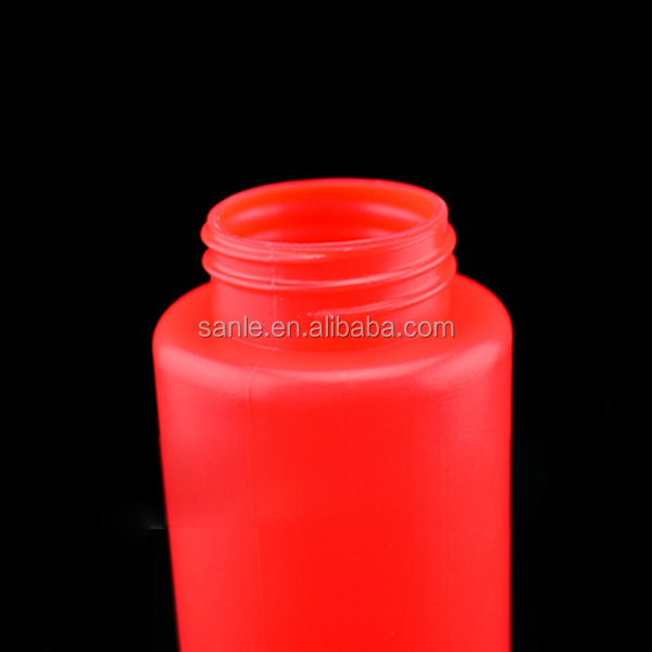 16oz ketchup bottle with a small cap, squeeze bottle