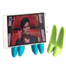 Funny high heel desktop cell phone holder for desk