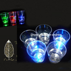 Water Induction Pouring Into Water Shiny Small Glass LED Shot Glass