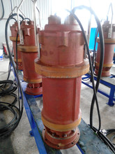 Centrifugal submersible pump for wate water handling