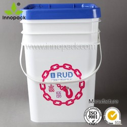 Sealable plastic container with good sealing lid