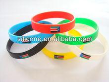 2012 silicone wristband whistle