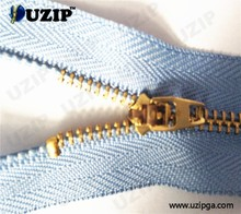 4.5# auto lock copper metal zipper and five star xpanz zipper binder
