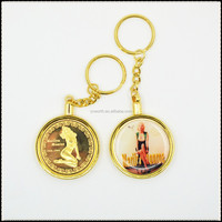 VINTAGE MARILYN MONROE GOLD COMMEMORATIVE COIN COOK ISLANDS With Key Chain
