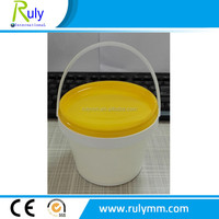 white food grade plastic bucket used for packing