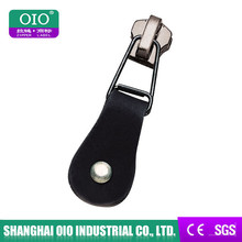 OIO Factory Genuine Fake Decorative Black Leather Zipper Puller Design For Bags
