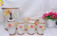China Pretty Flower Resin Pearl Cream Bathroom accessories Set