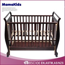 2014 Solid Pine Wood Baby Wooden Crib With Drawers