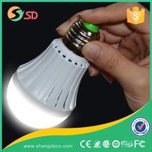 LED Smart bulb 5W led emergency light battery charge led lighting E27 Lamp for home indoor 2835smd bombillas AC110V 220V