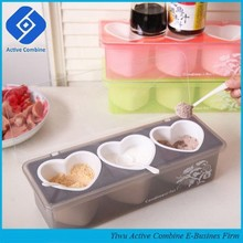 New Color Plastic Heart Shape Spice Seasoning Box Condiment Dispenser Set With Spoons