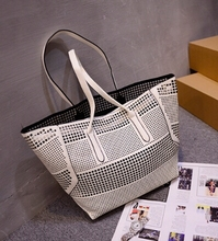 Hot custom female hand bags leather hollowed out bags wholesale tote bag