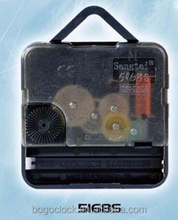 Clock movement with plastic hanger for wall clock