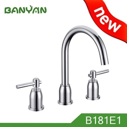 8 To 16 Widespread High Rise Spout Roman Tub Filler