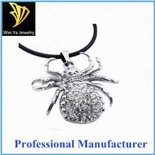 Unique design rhinestone stainless steel spider cool pendant