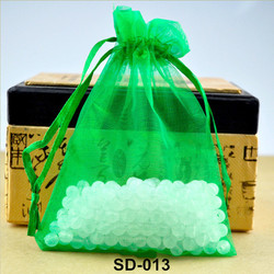 Fashionable handmade chinese silk wholesale organza bag pouch candy gift bag