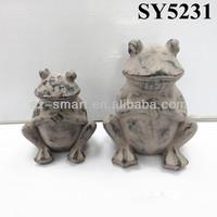 Cement sitting mini frog animal garden statue