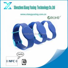 125khz/ 13.56mhz/860~960mhz plastic rfid wristband rfid plastic bracelet with adjuster