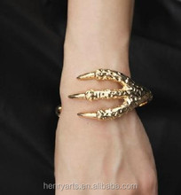 charm Retro style eagle claw bangle golden eagle claw bracelet Jewelry