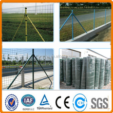 euro welded wire mesh fence,PVC coated wire mesh fence,green vinyl coated welded wire mesh fence