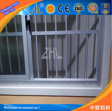 Alibaba Gold Supplier Long Term Use Aluminium Doors and Windows / FOB Guangzhou Price of Aluminium Sliding Window