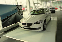 Crystal Trade Show Flooring For Car