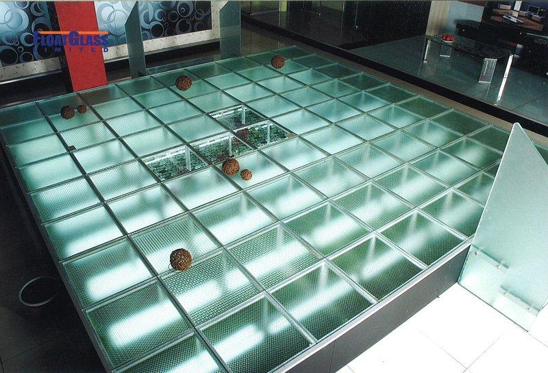 Laminated-glass-floor (4).jpg
