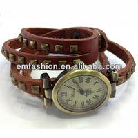 Vintage genuine leather quartz watch ladies punk rivet watch mutli rolls leather watch