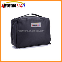 Zipper closure tote toiletry bag